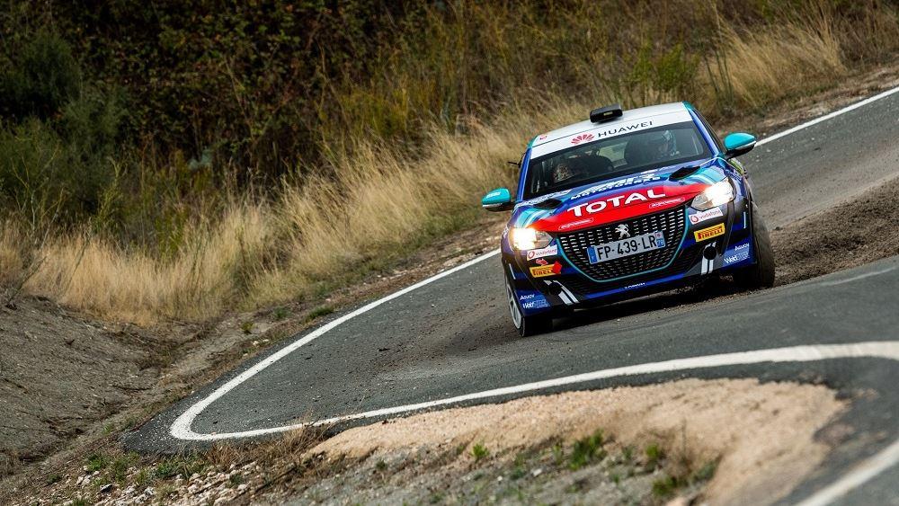 Δυνατό ξεκίνημα για το Peugeot 208 Rally 4
