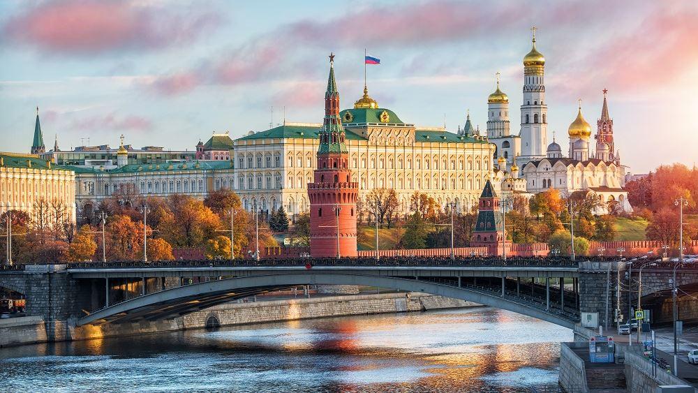 Η Ρωσία εξετάζει τη λάθος στρατηγική hedging για το πετρέλαιο