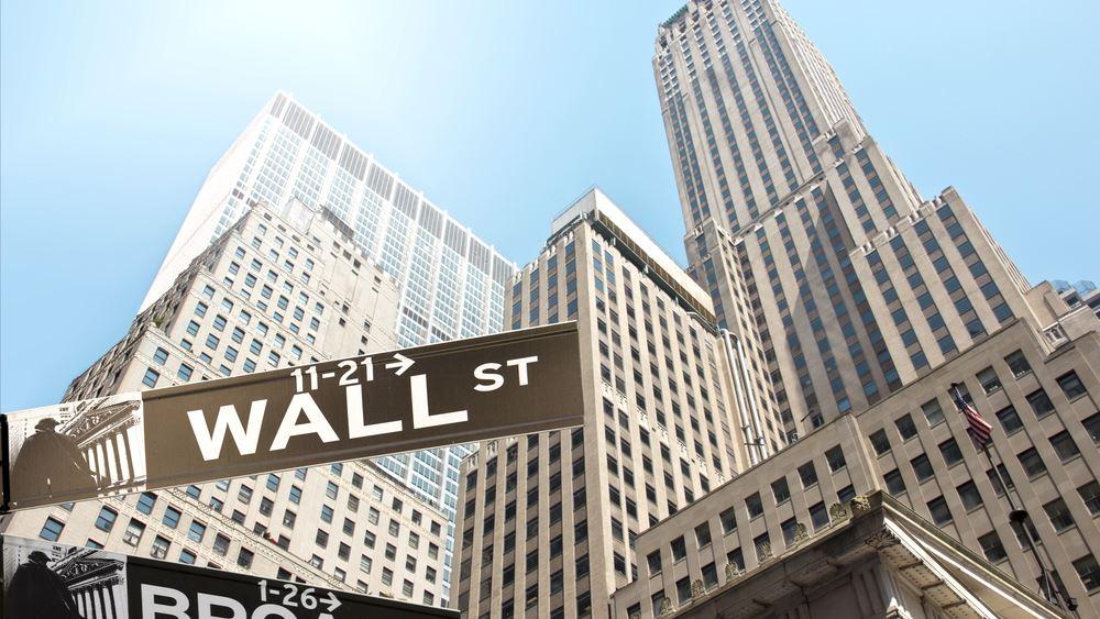 Συνεχίζεται η προσπάθεια ανάκαμψης στη Wall Street