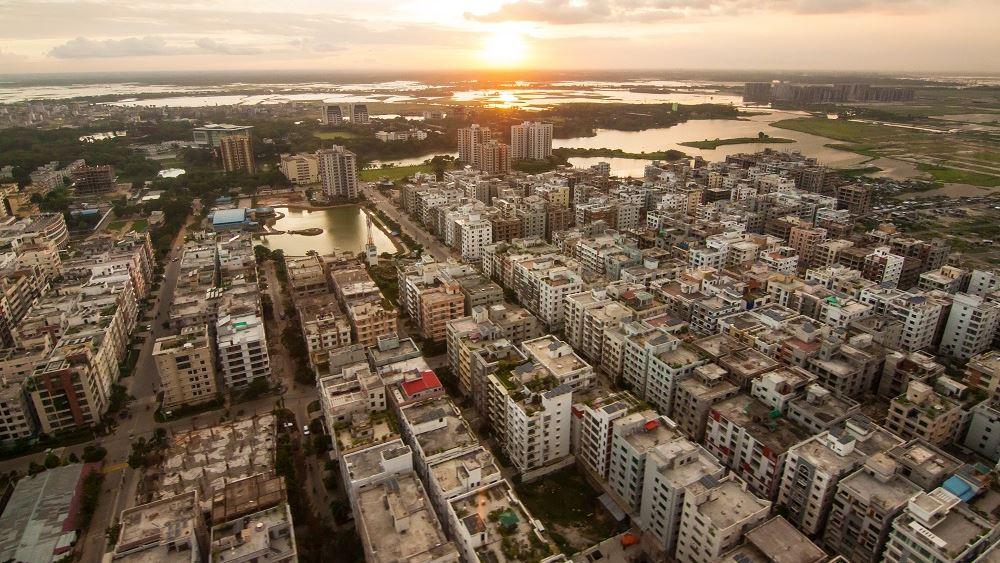 Μπαγκλαντές: Τουλάχιστον επτά νεκροί και 50 τραυματίες από έκρηξη σε κτίριο στην Ντάκα