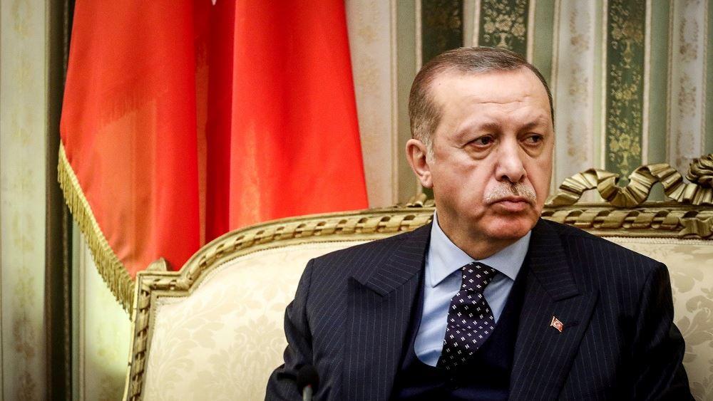 Τουρκία: Απογοητευμένος εμφανίζεται ο Ερντογάν με τον διοικητή της Κεντρικής Τράπεζας