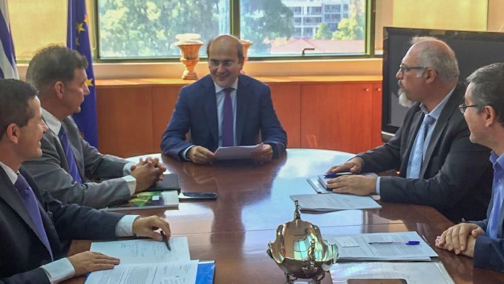 Συνάντηση υπουργού ΠΕΝ Κ. Χατζηδάκη με τον πρύτανη του ΕΚΠΑ