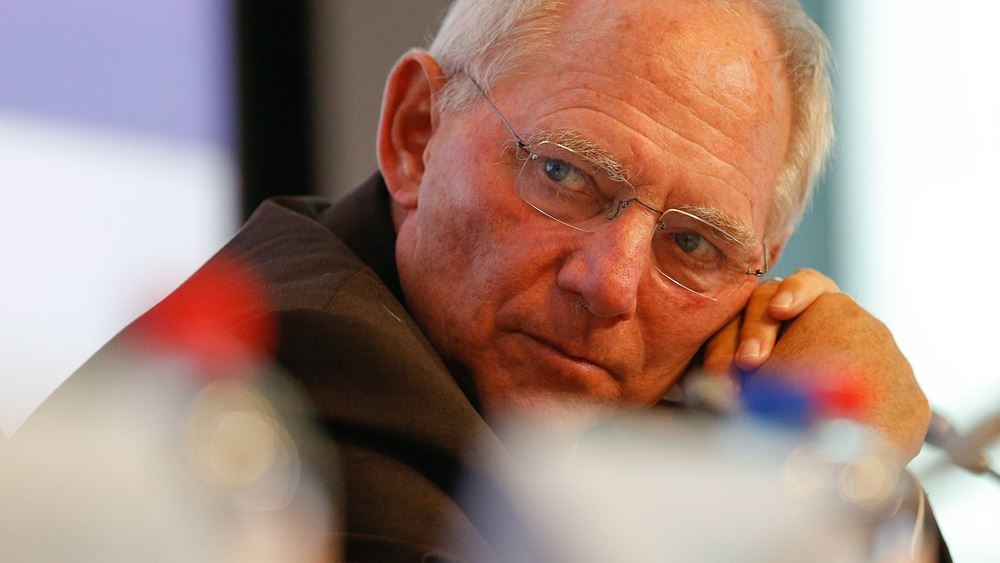 Schaeuble: Δεν διατάξαμε κανέναν να κόψει συντάξεις