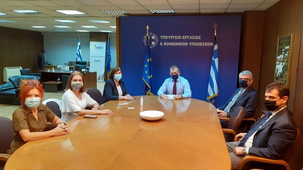 Γ. Βρούτσης: Από σήμερα καταβάλλουμε σε 7.444 δικαιούχους αναδρομικά ποσά ύψους 16.994.734 ευρώ