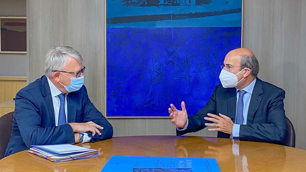 Συνάντηση Κ. Χατζηδάκη με τον Επίτροπο Απασχόλησης και Κοινωνικών Δικαιωμάτων