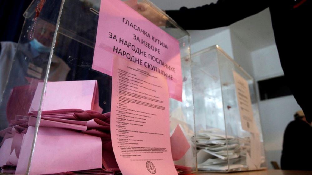 Σερβία: Σε συντριπτική νίκη με 63% των ψήφων οδεύει το κόμμα του Αλεξάνταρ Βούτσιτς