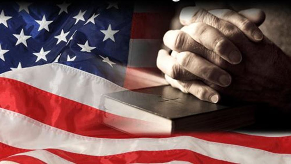 """""""Ο κορονοϊός είναι μήνυμα από τον Θεό"""", λένε τα δύο τρίτα των πιστών Αμερικανών"""