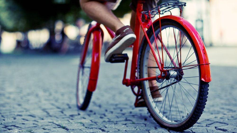 Η Ευρώπη καβαλάει το ποδήλατό της καθώς χαλαρώνουν σταδιακά οι περιορισμοί του lockdown