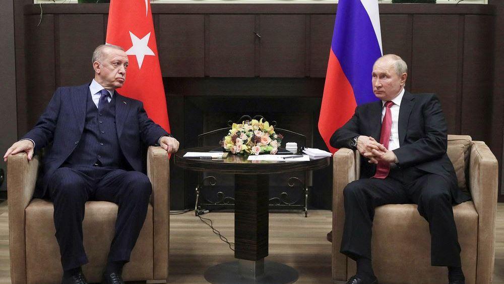 """Γιατί ο Ερντογάν έφυγε """"σαν τον κλέφτη"""" από τη συνάντηση με τον Πούτιν"""