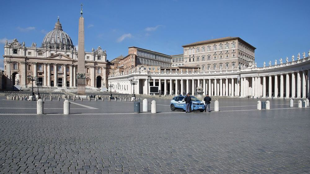 Η Βασιλική του Αγίου Πέτρου ανοίγει εκ νέου τις πύλες της τη Δευτέρα στους επισκέπτες