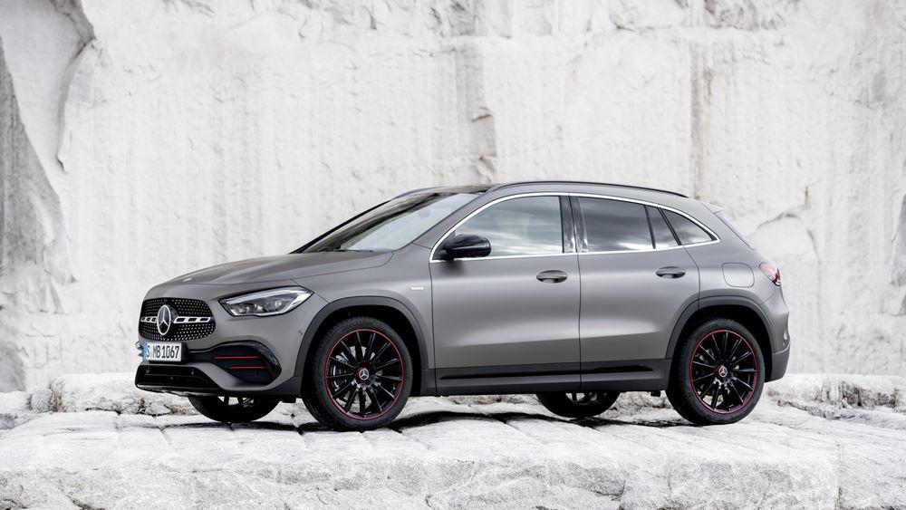 Αποκάλυψη για τη νέα Mercedes-Benz GLA (vid.)