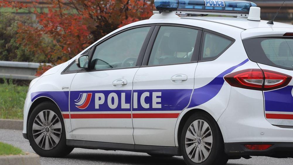 Γαλλία: Άνδρας μαχαίρωσε και σκότωσε μια υπάλληλο της αστυνομίας σε πόλη κοντά στο Παρίσι