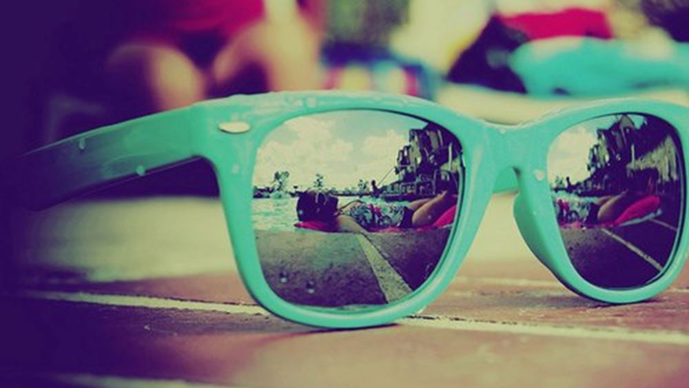 Πώς θα ξέρεις αν τα γυαλιά ηλίου σου έχουν καλή προστασία από τον ήλιο