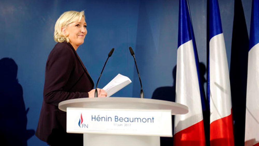 Με το βλέμμα στραμμένο στις προεδρικές η Μαρίν Λεπέν