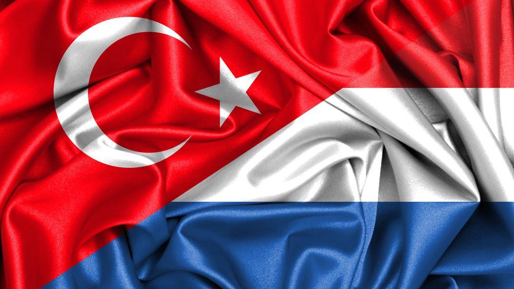 Ολλανδία: Ανέστειλε τις εξαγωγές στρατιωτικού υλικού στην Τουρκία
