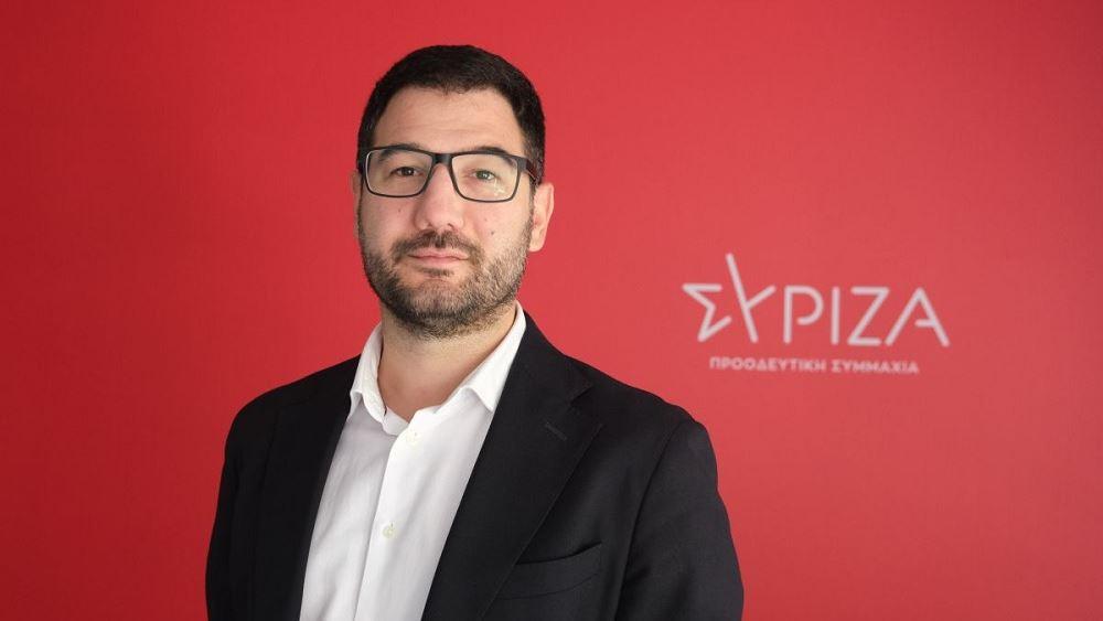Ηλιόπουλος: Καλούμε τους νέους ανθρώπους να εμβολιαστούν παρά την κυβερνητική προσβολή