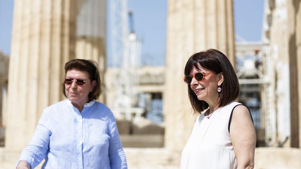 Επίσκεψη της ΠτΔ Κατερίνας Σακελλαροπούλου στην Ακρόπολη