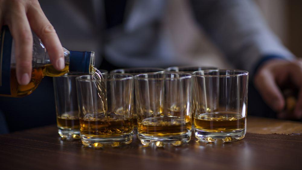 Επί ξυρού ακμής οι εταιρείες αλκοολούχων λόγω πανδημίας