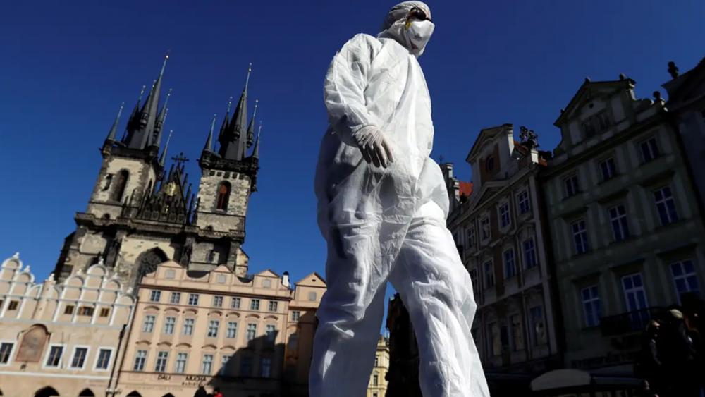Τσεχία: Νέο ρεκόρ 5.335 κρουσμάτων μόλυνσης από τον κορονοϊό