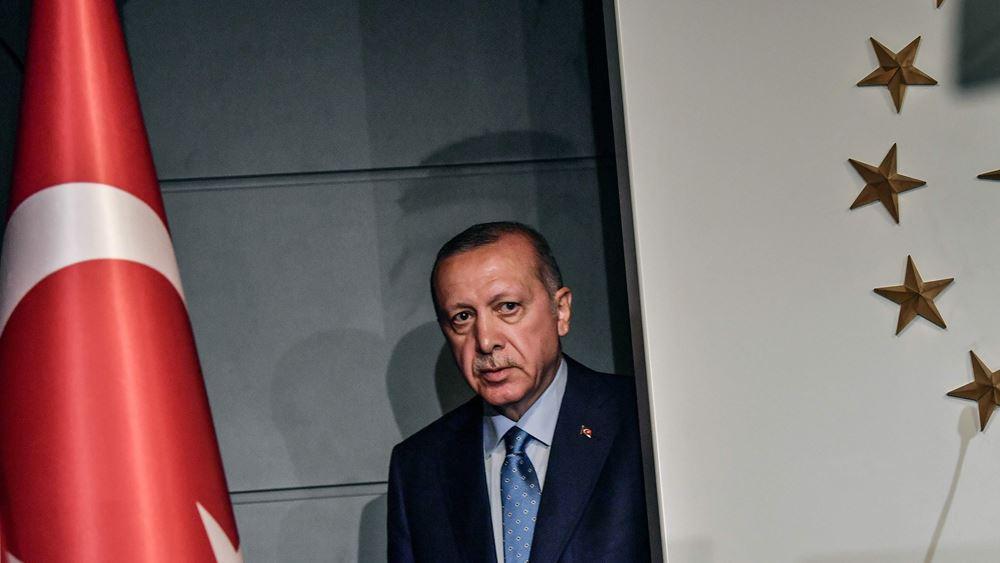 """Οι τράπεζες της Τουρκίας στα χέρια ενός: Ο Ερντογάν """"έφαγε"""" και τη Vakıfbank"""