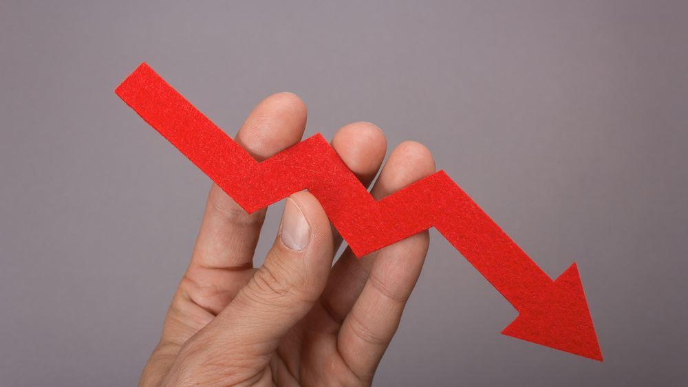 Νέα καθίζηση στο οικονομικό κλίμα τον Απρίλιο – Στην πρέσα οι επενδύσεις