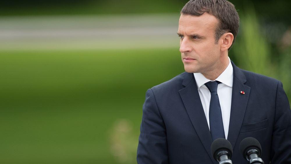 Για μια Ευρώπη που πάει μπροστά μίλησε ο Μακρόν προσερχόμενος στη Σύνοδο Κορυφής