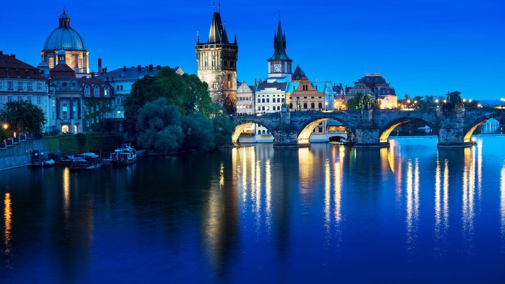 Τσεχία: Σταθερά αναμένονται τα επιτόκια από την κεντρική τράπεζα της χώρας για κάποιο διάστημα ακόμη