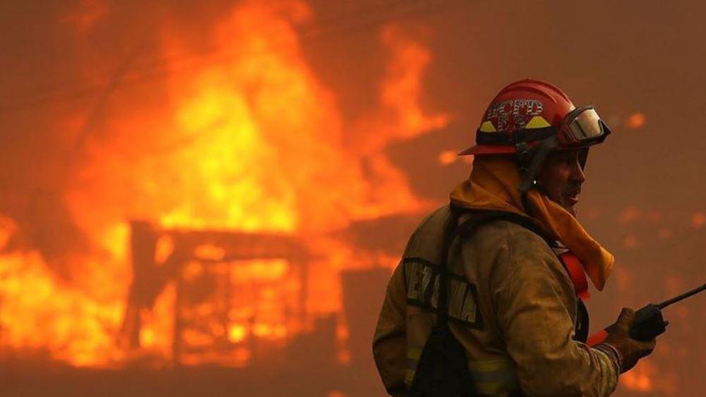Συναγερμός στην Καλιφόρνια λόγω πυρκαγιών, εκκενώνονται περιοχές
