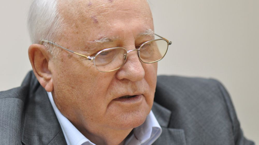 """Μιχαήλ Γκορμπατσόφ: """"Ο κόσμος βρίσκεται σε κολοσσιαίο κίνδυνο"""""""