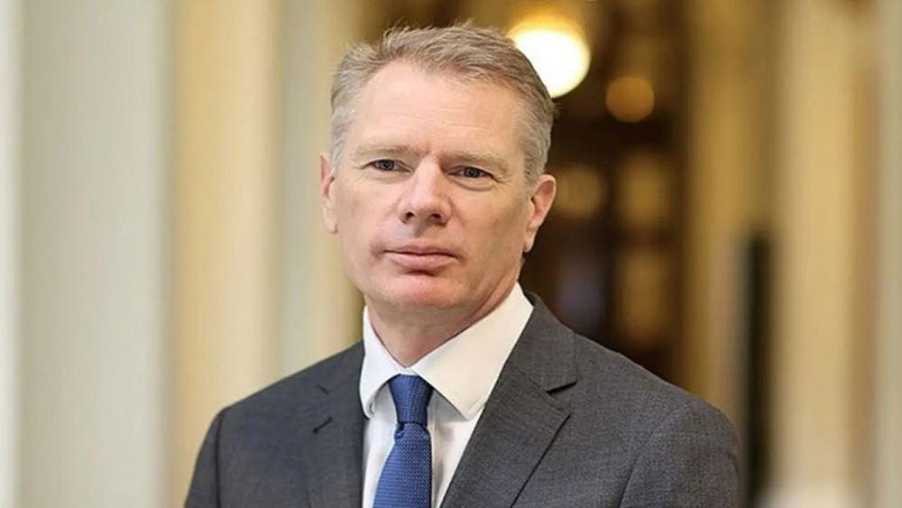 Ιράν: Ο Βρετανός πρέσβης διαψεύδει τη συμμετοχή του σε  αντικυβερνητική διαδήλωση