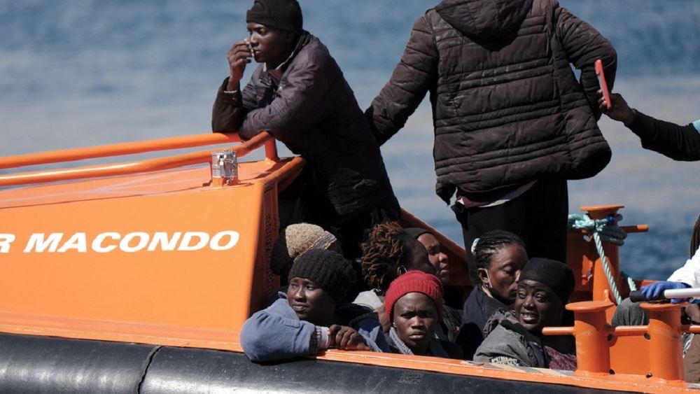 Ισπανία: Έξι πλοιάρια με μετανάστες εντοπίστηκαν στα ανοιχτά των Καναρίων Νήσων
