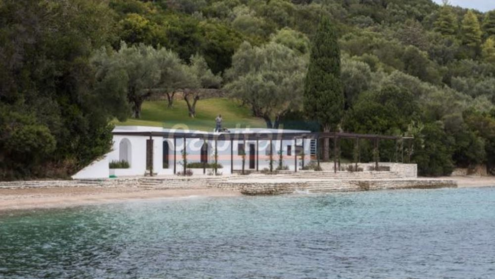 """Προπαγανδιστικό δημοσίευμα Yeni Şafak: """"Η Ελλάδα βγάζει προς πώληση νησιά της"""""""