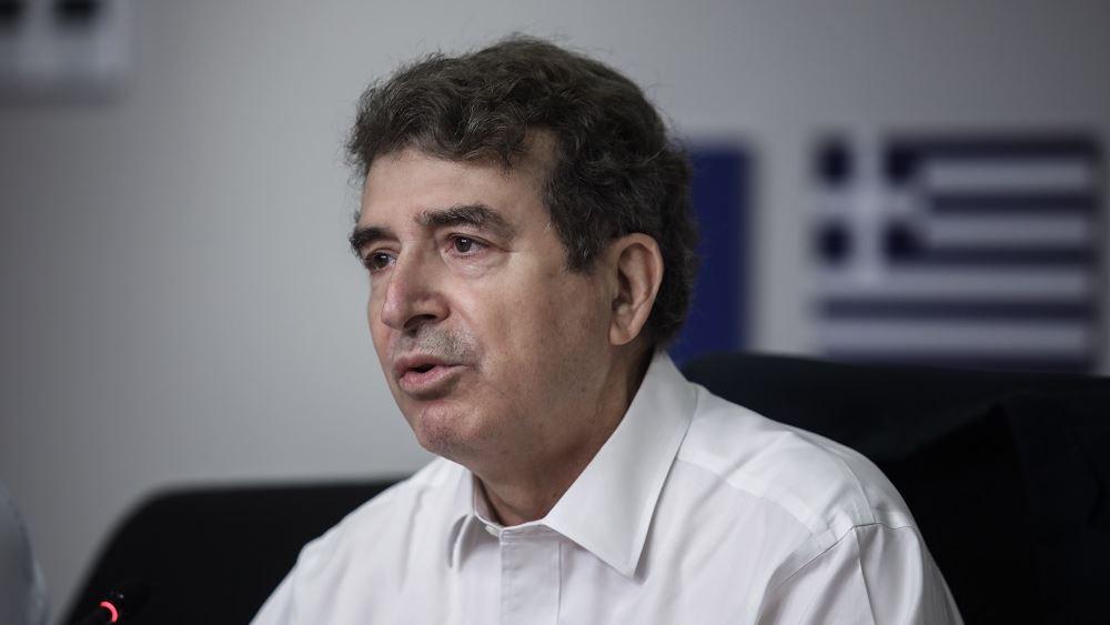 """Μ. Χρυσοχοΐδης: """"Η κινητοποίηση στις πυρκαγιές ήταν άμεση"""" - Απαντήσεις για το ρωσικό αεροσκάφος Beriev-200"""