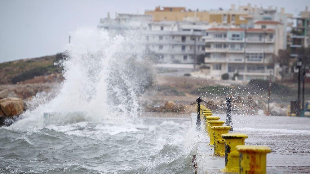 """Σε κατάσταση έκτακτης ανάγκης κηρύχθηκαν οι περιοχές που """"χτυπήθηκαν"""" από τον """"Αντίνοο"""""""