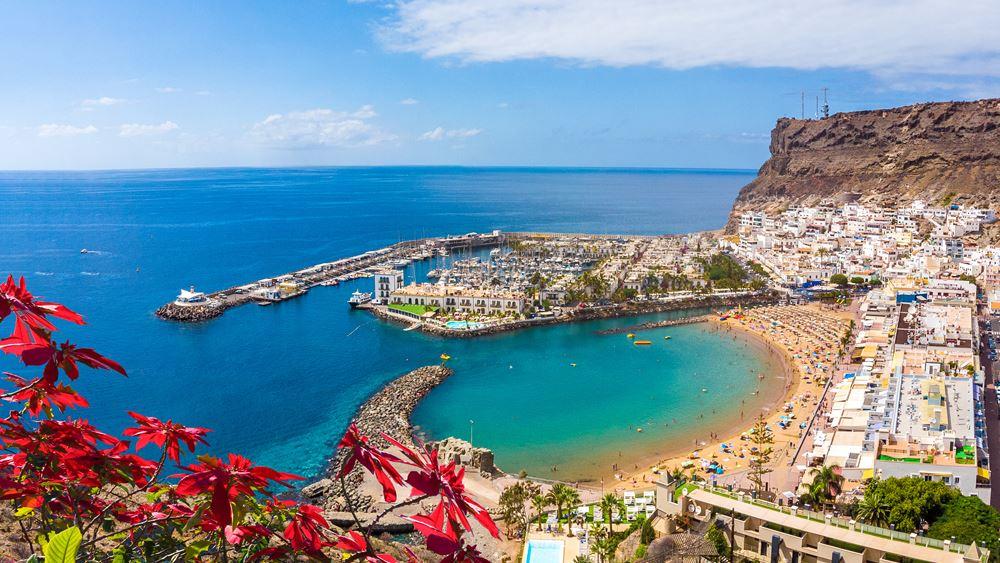 Η Μαδρίτη ελπίζει ότι η χαλάρωση της καραντίνας στη Βρετανία θα σώσει τον χειμερινό τουρισμό στις Κανάριες Νήσους