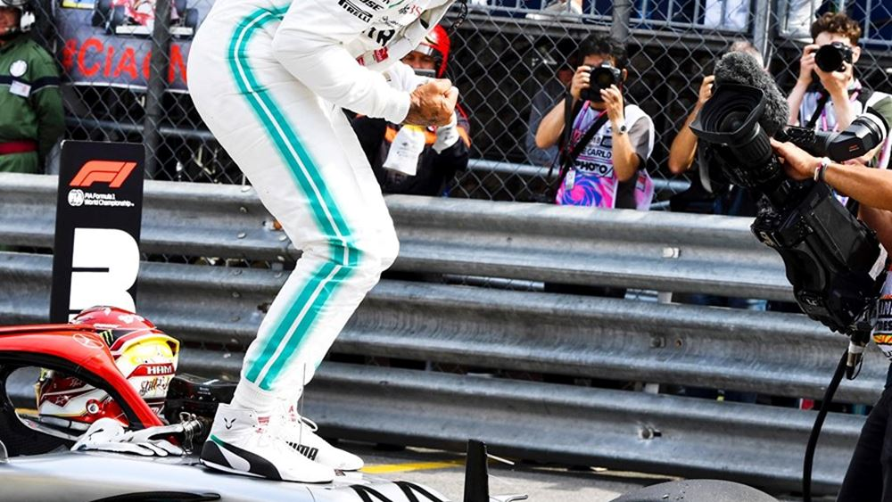 F1: Πρώτες οι Mercedes (vid.)
