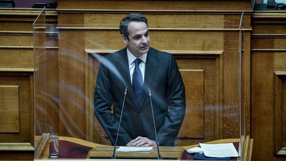 Στον Πειραιά ο πρωθυπουργός με αφορμή την πρώτη μέρα επαναλειτουργίας των καταστημάτων εστίασης