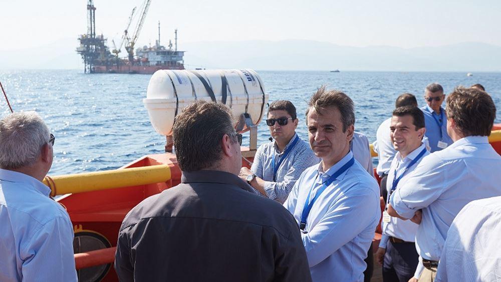Στις εγκαταστάσεις εξόρυξης πετρελαίου στον Πρίνο ο Κυριάκος Μητσοτάκης