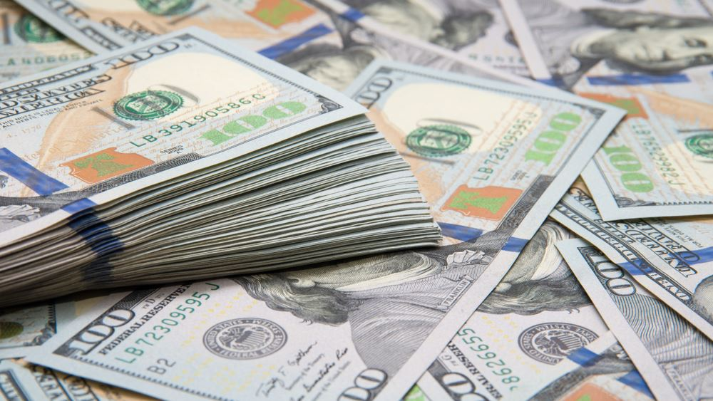 """Δολάριο: Πατάει """"φρένο"""" στο δρόμο προς την καλύτερη εβδομάδα από την κρίση του 2008"""