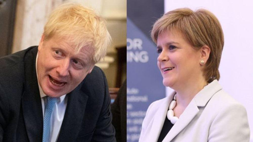 """Ο Τζόνσον """"ξέκοψε"""" στη Στέρτζον οποιαδήποτε ελπίδα για νέο δημοψήφισμα στη Σκωτία"""