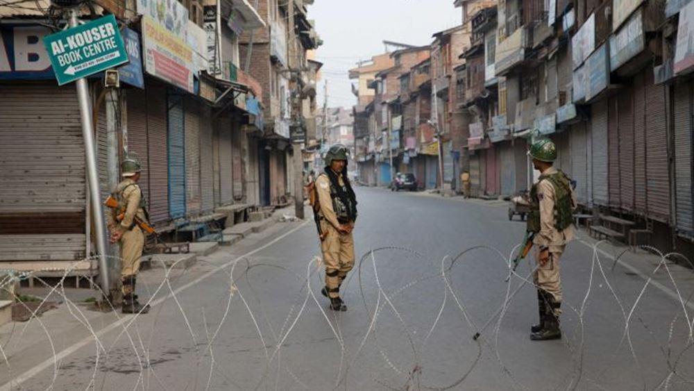 Ινδία: Ένας νεκρός και 34 τραυματίες από επίθεση με βομβίδα στη Σριναγκάρ του Κασμίρ
