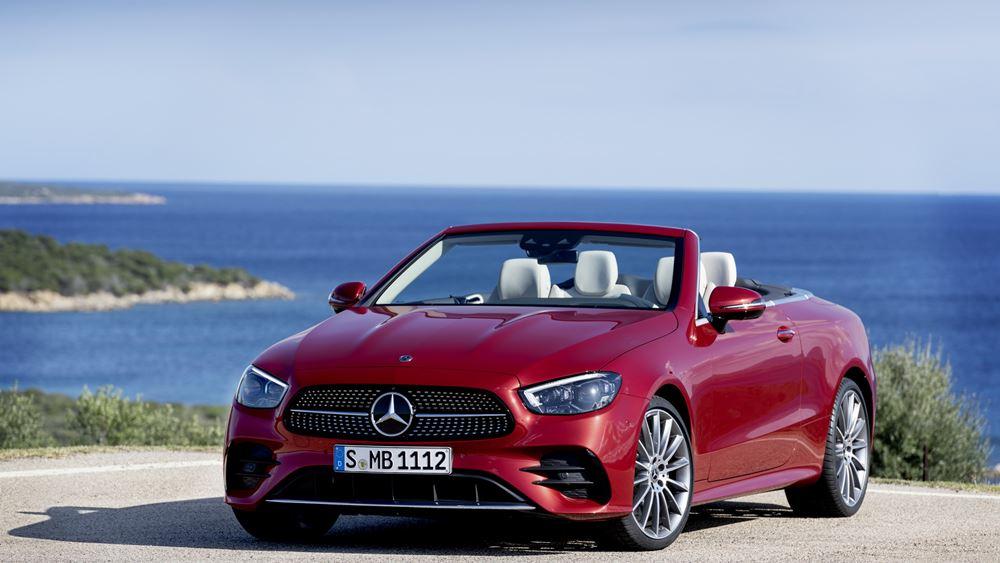 Αποκάλυψη για τις ανανεωμένες Mercedes-Benz E-Class Coupe και Convertible (vid.)
