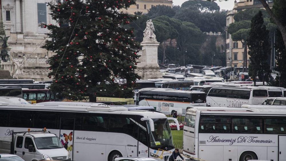 Ιταλία: Παρέλυσε η κίνηση στη Ρώμη λόγω διαμαρτυρίας οδηγών τουριστικών λεωφορείων