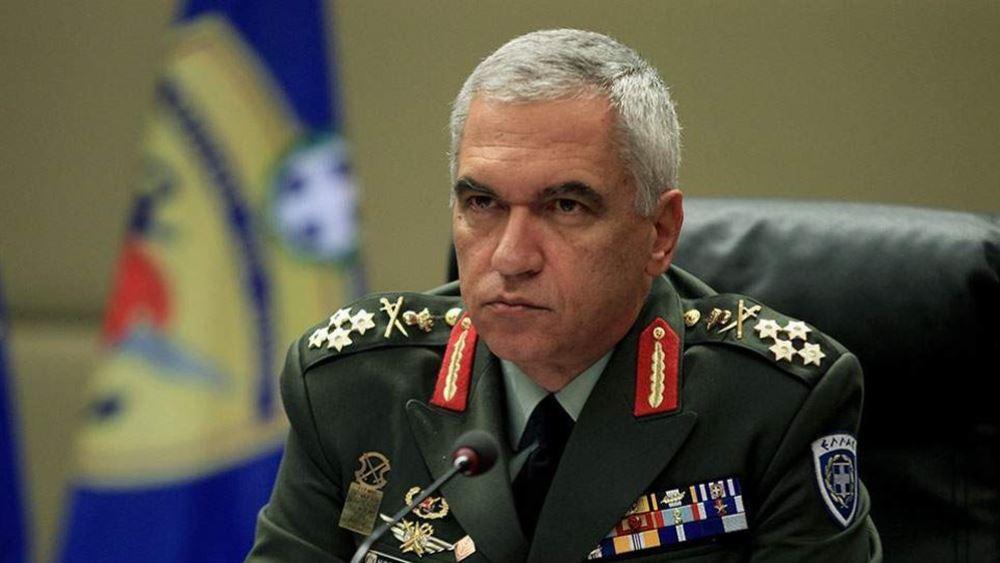 Κωσταράκος: Προσβολή στο στράτευμα η κατάργηση των διακριτικών από τις στολές