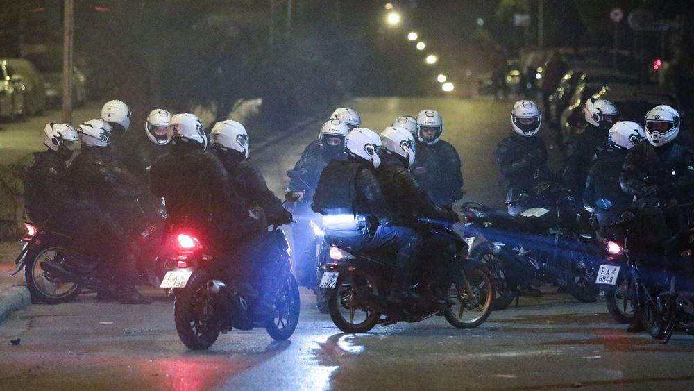 Πολύ κοντά στη σύλληψη του ατόμου που έριξε τον αστυνομικό της Ομάδας ΔΡΑΣΗ από τη μηχανή