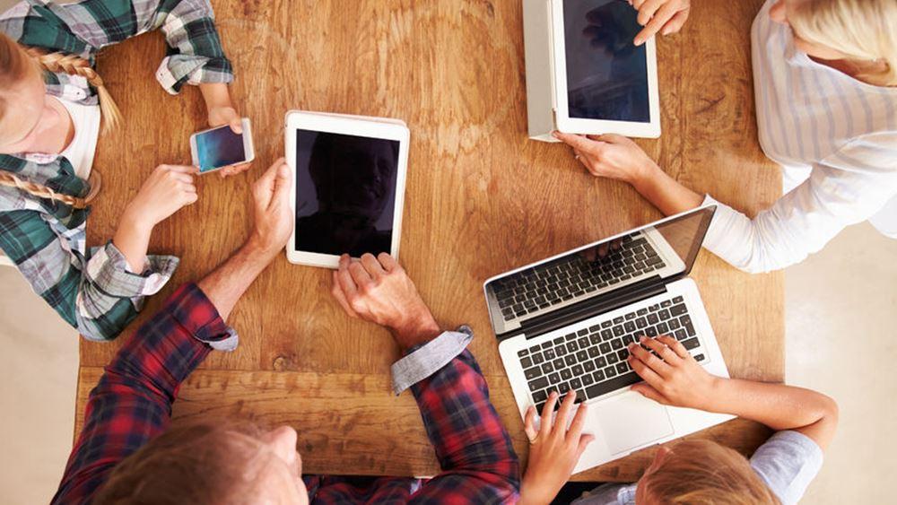 Καθολικό… internet στην Ελλάδα με ταχύτητες 4 Mbps προτείνει η ΕΕΤΤ