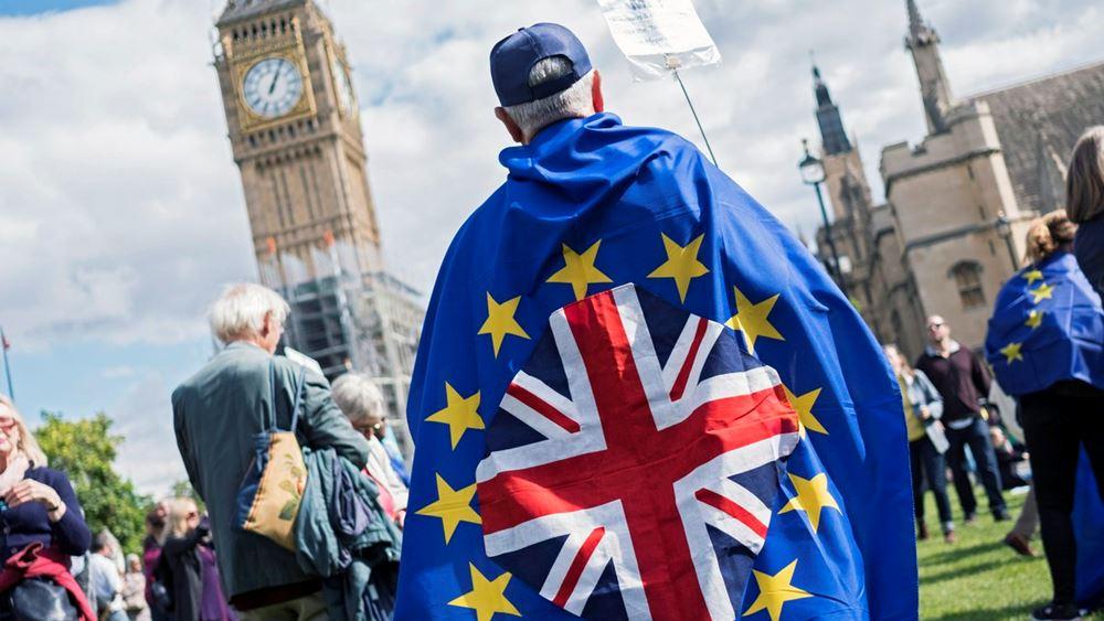 """Απαισιόδοξες οι μεγάλες τράπεζες - Σκληρό Brexit χωρίς συμφωνία κατά 80% """"βλέπει"""" η Société Générale"""