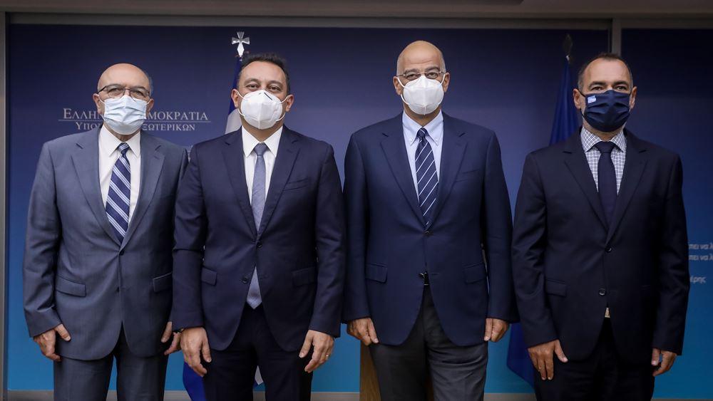 """Ν. Δένδιας: """"Εξαιρετικό και θετικό αποτύπωμα"""" του Κ. Βλάση στη θέση του υφυπουργού για τον απόδημο ελληνισμό"""