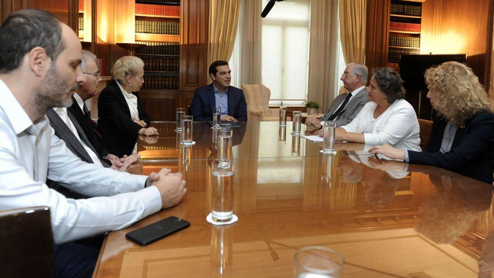 """""""Παράθυρο"""" Τσίπρα για αύξηση μισθών στους δικαστικούς"""