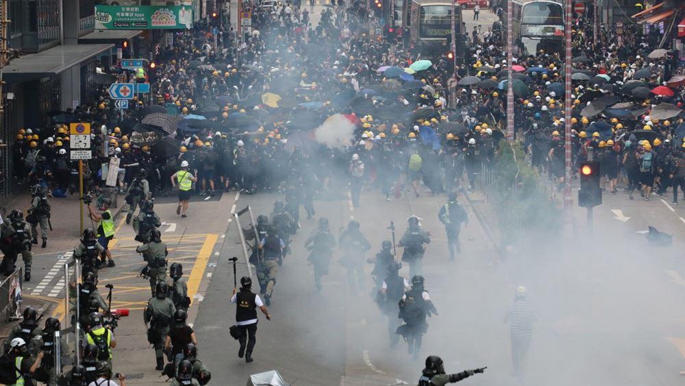 ΗΠΑ και Βρετανία ζητούν αποκλιμάκωση της βίας στο Χονγκ Κονγκ